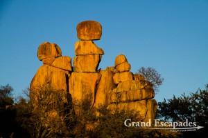 "Kopje or Balacing Rocks (here ""the Mother & Child""), Matopos or Matobo National Park, Zimbabwe, Africa"