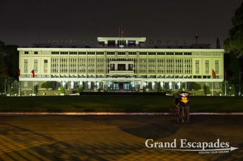 Reunification Palace at Night, Ho Chi Minh City