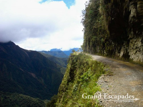 La Carratera de la Muerte or Death Road, going down from 4.650 meter to 1.250 Meter in only 64 Kilometer, between La Paz & Coroico, Bolivia