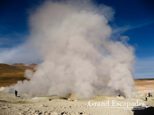 Geysers at almost 5.000 meters, Southwest Bolivia, South America