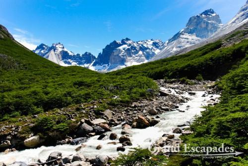 "Trekking the ""W"" in Torres del Paine, Patagonia, Chile - Chile, Puerto Natales, Nationalpark Torres del Paine - La Valle de los Frances oder der Tal der Franzosen"