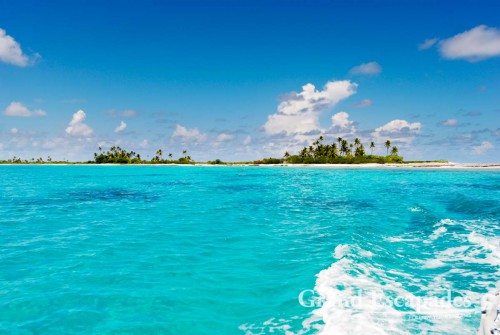 Fakarava Atoll, French Polynesia - The very name Tahiti probably triggers the wildest imaginations in most people, a tropical island with white sandy beaches lined with palm trees