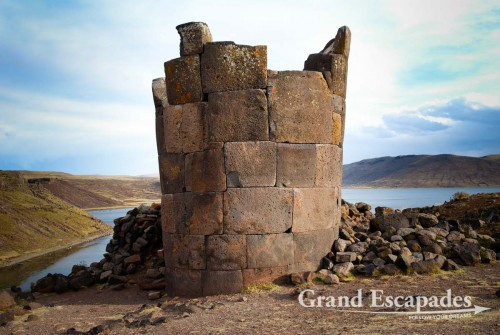 Sillustani pre-Incan burial ground, on the shores of Lake Umayo near Puno, Peru, South America