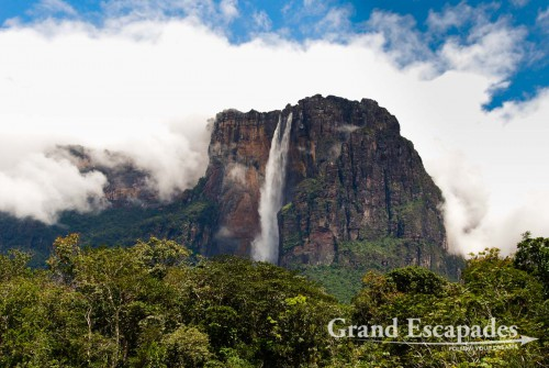 Angel Falls or Salto Angel, the highest waterfall in the world, Canaima National Park, Venezuela, South America