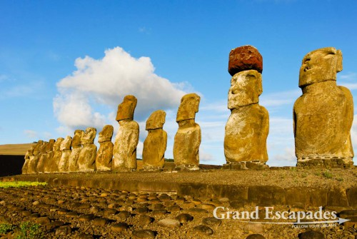 Ahu Tongariki, the largest Ahu ever built with 15 Moais, Rapa Nui or Easter Island, Pacific