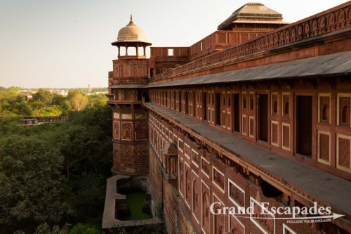 Outside Walls of the Red Fort, Agra, Rajasthan, India